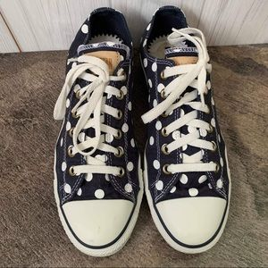Navy polka dotted Converse sneakers size 10 GUC
